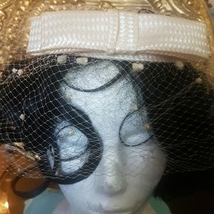 Vintage hat with netting